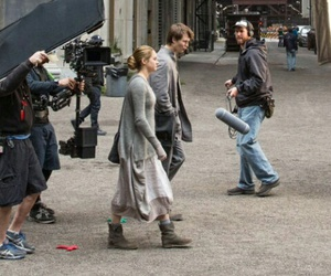 behind the scene, caleb, and Shailene Woodley image