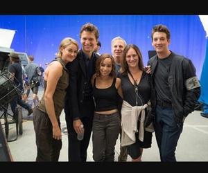 behind the scene, Shailene Woodley, and zoe kravitz image