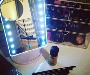 makeup storage, vanity tables, and vanity mirrors image