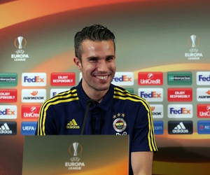 football, europa league, and robin van persie image