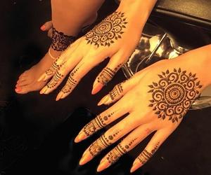 henna, beyoncé, and nails image
