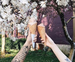 couple and ice cream image