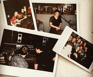 shawn mendes, shawnmendes, and polaroid image