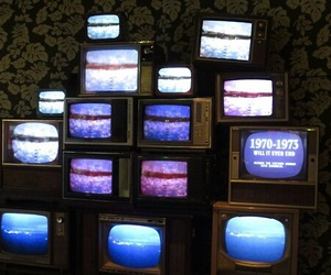 grunge, tv, and pale image