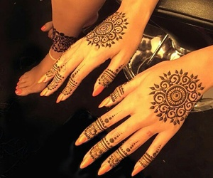henna, beyoncé, and nails image