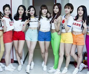 kpop, update, and gfriend image