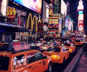 new york and taxi image