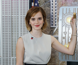 emma watson and the empire state building image