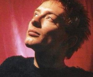 radiohead, thom yorke, and 1d image