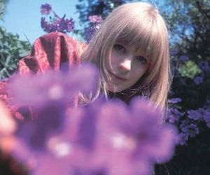 flowers, girl, and marianne faithfull image