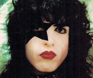 kiss and paul stanley image