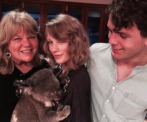 Taylor Swift and austin swift image