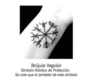 tattoo and brujula image