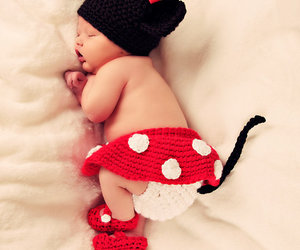 baby and minnie mouse image