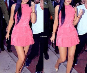 kylie jenner, dress, and pink image