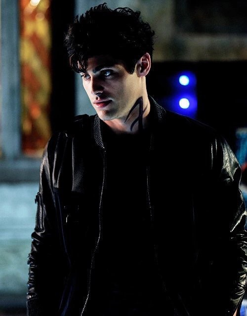 49 Images About Matthew Daddario On We Heart It See More