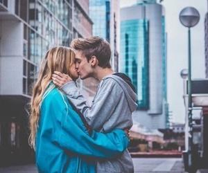 lové, city, and kiss image