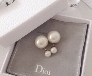 dior, earrings, and pearls image