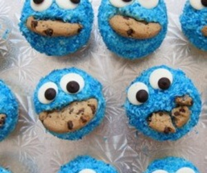 cupcakes and cockie monster image