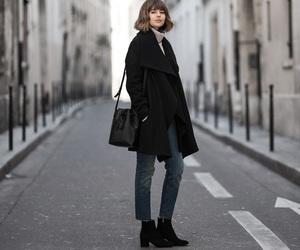 black, blogger, and minimalistic image