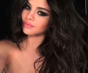 selena gomez, selena, and makeup image
