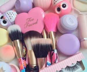 eos, fashion, and makeup image