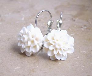 flower earrings and pandahall.com image