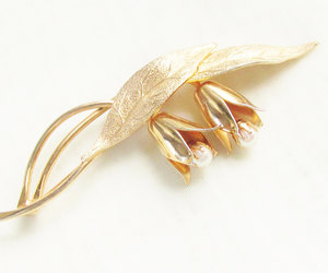 1960s, lily brooch, and classic image