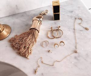 accessories, chic, and makeup image