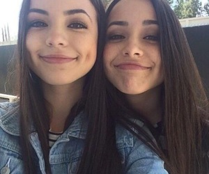 twins, friends, and tumblr image
