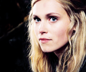 eliza taylor, the 100, and clarke griffin image