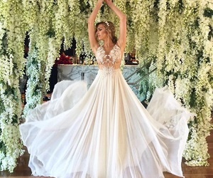 beautiful, dress, and wending image