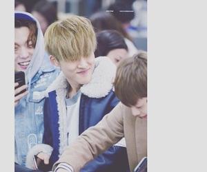 bi, ygfamily, and jinhwan image