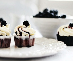 food, cupcake, and delicious image