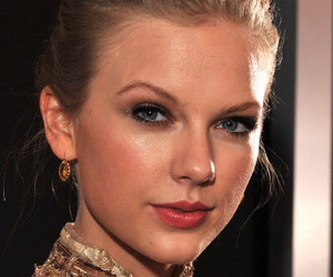 2012, earrings, and grammy image