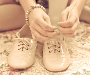 fashion, laces, and shoes image