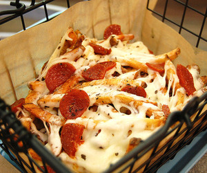 cheese, fries, and pizza fries image