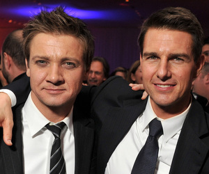 Tom Cruise and jeremy renner image