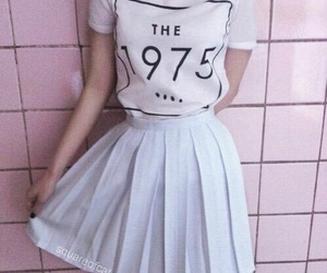 pink, the 1975, and grunge image