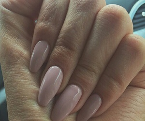 nails, beauty, and Nude image
