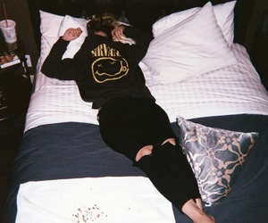 nirvana, grunge, and bed image