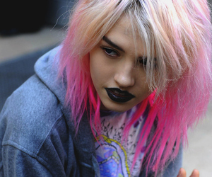 hair, model, and pink image