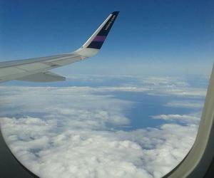 volaris airplane image