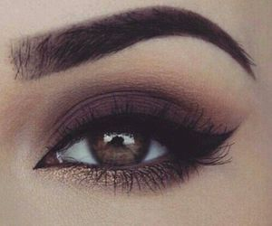 cateye and makeup image