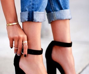 heels and love it image