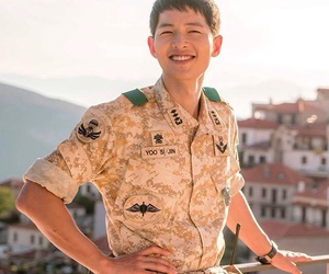 smile, kbs, and descendant of the sun image