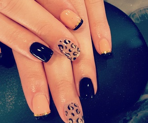 black, glitter, and nails image