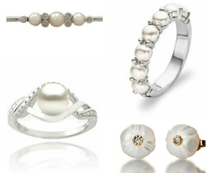 brooch, earrings, and pearls image