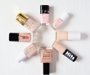 nail polish, nails, and Nude image