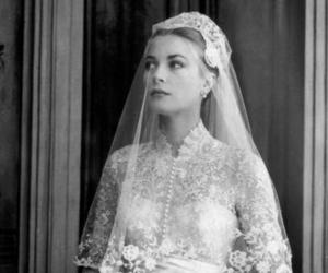 grace kelly, wedding, and wedding dress image